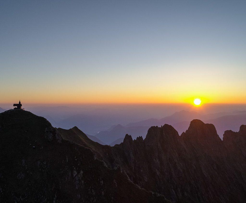 sunset Kellerjoch alps
